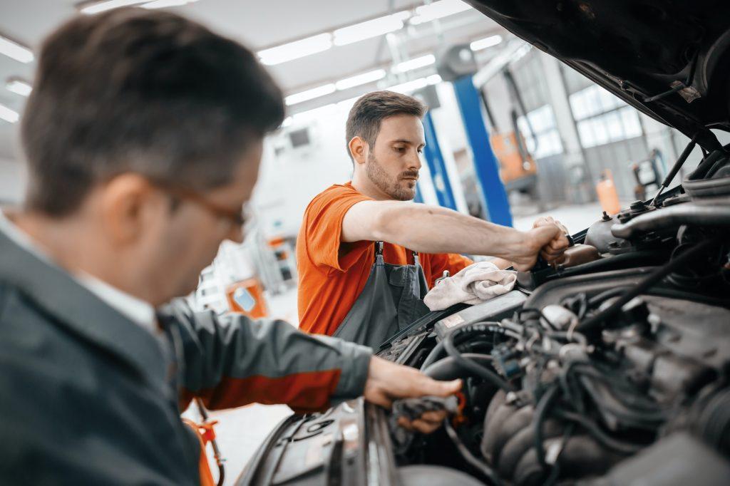 Get Some Useful Car Maintenance Tips