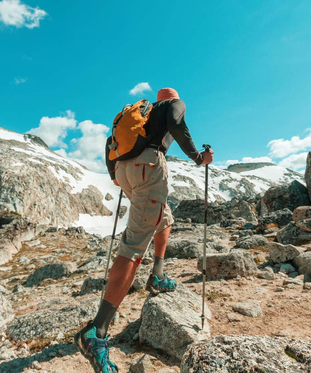hike-in-mountains-D7T74KX