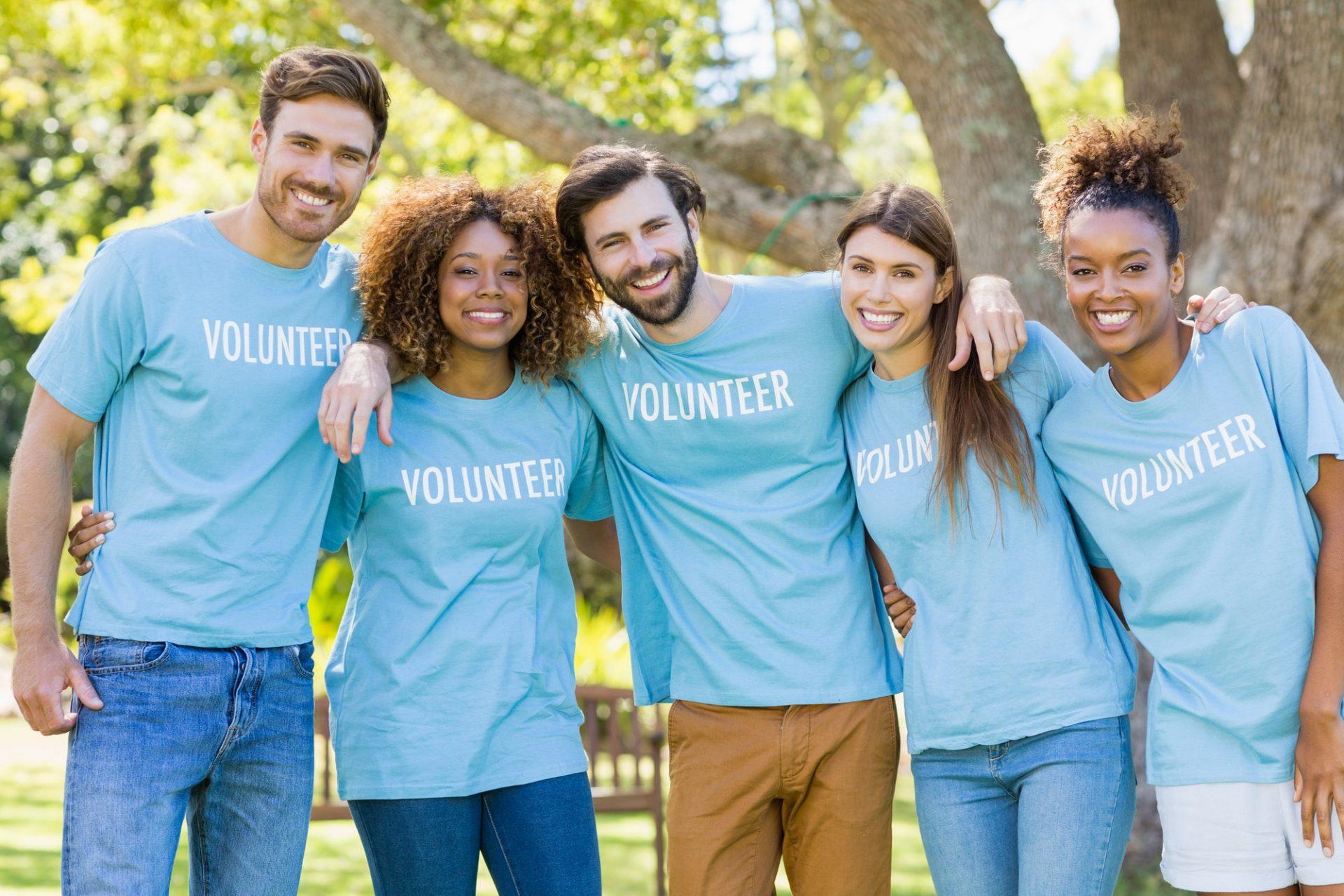 Portrait of volunteer group posing