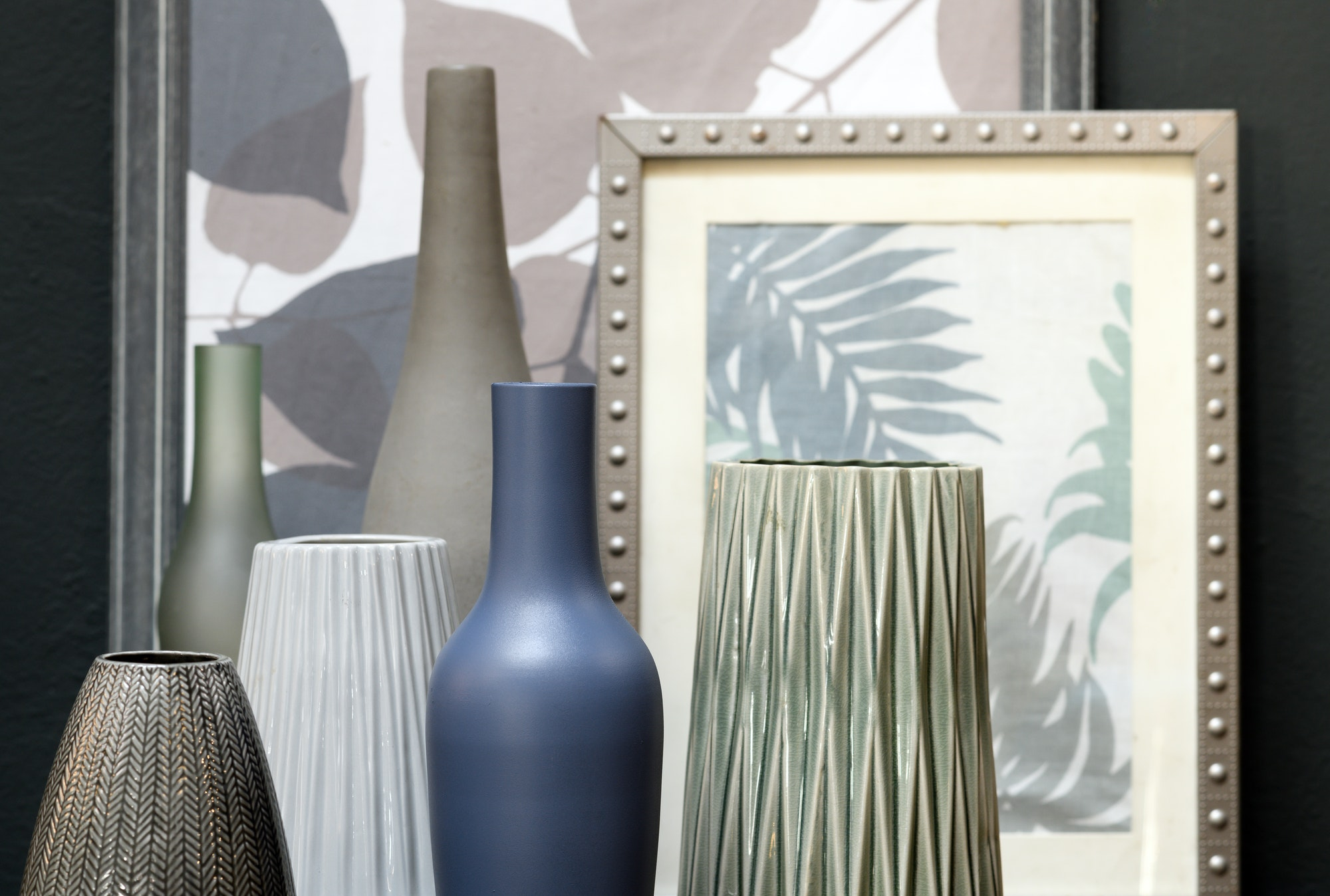 Assorted ceramic vessels with paintings
