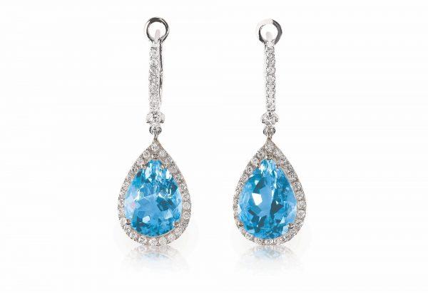 Beautiful Diamond aquamarine blue turquise dangle diamond earrings.
